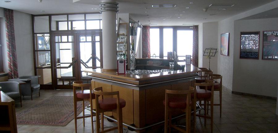 austria_kuhtai_chalet-hotel-elisabeth_bar.jpg
